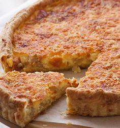 Recipe for Cheese and Onion Quiche with homemade cheesy pastry Ingredients Cheese pastry: 2 cups g) flour pinch of salt pinch of cayenne pepper ½ t ml) mustard […] Cheese And Onion Quiche Recipe, Quiches, Kos, Delicious Desserts, Yummy Food, Yummy Recipes, Cheese Pastry, Savoury Baking, Quiche Recipes