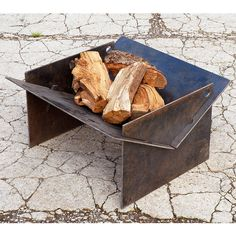 TECTON collapsible contemporary fire pit made in the uk. The fire pit you can take camping! Quickly assemble, locate the pegs and fire up the logs! Metal Fire Pit, Concrete Fire Pits, Diy Fire Pit, Fire Pit Backyard, Metal Projects, Welding Projects, Camping Fire Pit, Fire Pit Swings, Fire Pit Materials