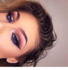 Eye Makeup Tips.Smokey Eye Makeup Tips - For a Catchy and Impressive Look Makeup Eye Looks, Cute Makeup, Eyeshadow Looks, Glam Makeup, Gorgeous Makeup, Pretty Makeup, Makeup Inspo, Eyeshadow Makeup, Makeup Art
