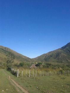 Camino a Maruamake Sierra Nevada Valledupar Colombia