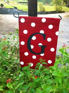 My new garden flag made from a placemat.