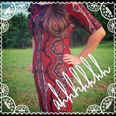 """Roz &Ali Red Dress Beautiful dress worn once to a Christmas party. Hits about the knee on 5'7"""". Dress Barn Dresses Midi"""