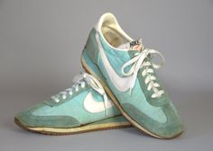 80s Nike Made In Korea Turquoise Leather Swoosh Running Shoes Size Womens 7.5  Classic 80s NIKE running shoes.  In good vintage condition,