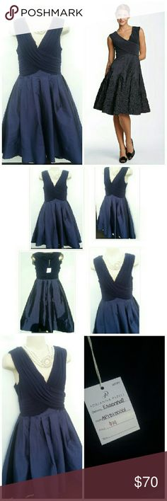 FINAL!ADRIANNA PAPELL NAVY BLUE TAFFETA DRESS SZ 6 Gorgeous ADRIANNA PAPELL NAVY BLUE DRESS PERFECT DATE NIGHT, WEDDING OR SPECIAL OCCASION DRESS SIZE 6 ABOVE KNEE MIDI  WE LOVE OFFERS! EVERYTHING MUST GO.. Adrianna Papell Dresses Midi