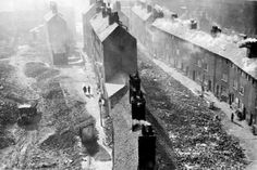 View all the latest pictures in the gallery, In pictures: The slums of Narrow Marsh, on Nottingham Post. Grey Wallpaper Iphone, Nottingham City, Slums, History Photos, Family History, The Past, England, Pictures, Cities