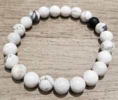 Howlite and black agate stone stretchy handmade bracelet - great for stacking #Handmade #Stretch