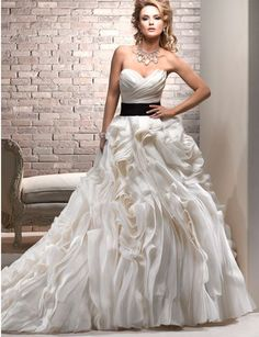 Maggie Sottero, Ms Saint Mara Organza Size 6 Wedding Dress For Sale | Still White Australia