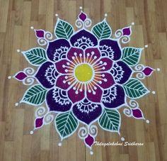 Easy Rangoli Designs Diwali, Rangoli Designs Latest, Simple Rangoli Designs Images, Rangoli Designs Flower, Free Hand Rangoli Design, Small Rangoli Design, Rangoli Border Designs, Rangoli Ideas, Rangoli Designs With Dots