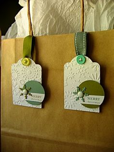 button & ribbon on the tag! Christmas Gift Tags, Xmas Cards, Christmas Crafts, Christmas Tables, Nordic Christmas, Modern Christmas, Christmas Wrapping, Christmas Christmas, Christmas Stockings