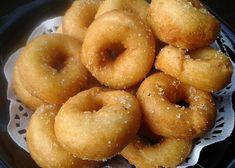 Tvarohové kroužky se skořicí recept - TopRecepty.cz Doughnut, Treats, Sweet, Desserts, Food, Sweet Like Candy, Candy, Tailgate Desserts, Goodies