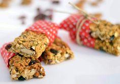 Barrette di avena, cocco e mirtilli. Scopri la ricetta su www.melarossa.it