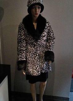 A vendre sur #vintedfrance ! http://www.vinted.fr/mode-femmes/mode-femmes-vetements-dexterieur/11861116-manteau-chapeau-fourrure-leopard-noirblanc-t3638