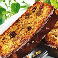 Korzenne ciasto marchewkowe to doskonały pomysł na świąteczny deser, którego zapach przypomni domownikom, że Święta Bożego Narodzenia już tuż, tuż. Przepis na ciasto marchewkowe na pewno zaskoczy… Carrot Cake, Lasagna, Banana Bread, Carrots, French Toast, Baking, Breakfast, Ethnic Recipes, Polish