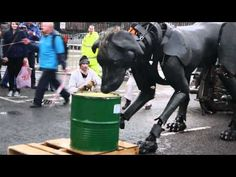Royal de Luxe - Liverpool Sea Odyssey - Dog Puppet