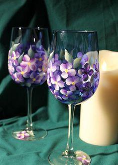 Hand Painted Wine Glasses - Violets on Cobalt Blue glass (Set of 2) Wine Glass Crafts, Wine Bottle Crafts, Bottle Painting, Bottle Art, Pebeo Porcelaine 150, Hand Painted Wine Glasses, Stemless Wine Glasses, Glass Design, Glass Bottles