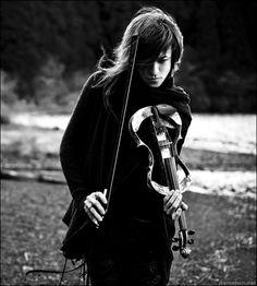Sugizo  Violin  Violinist  Black  White  Photo  Photography  Japan  Japanese  Musician