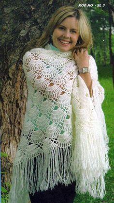 Ideas Dress Wrap Pattern Free Kielo For 2019 Knitted Poncho, Knitted Shawls, Crochet Scarves, Crochet Clothes, Crochet Russe, Crochet Lace, Free Crochet, Shawl Patterns, Crochet Patterns