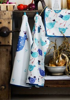 Dining-room – GUDRUN SJÖDÉN – Webshop, mail order and boutiques   Colorful clothes and home textiles in natural materials.