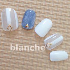 Pretty Nail Art, Blue Nails, Mani Pedi, Nails Inspiration, Gel Nails, Nail Designs, Stud Earrings, Shapes, Nail Salons