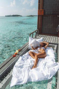 Maldives Travel, Hawaii Travel, Maldives Honeymoon, Maldives Resort, Packers And Movers, Goals Planner, Island Resort, Digital Nomad, Vacation Spots