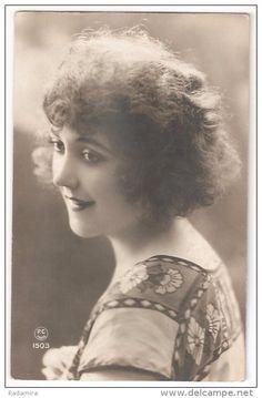 "POSTCARD ""Beautiful smile"" France 1920-30."