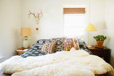 Offset window behind bed // Lauren & Stiles' Southwest Bohemian Homestead House Tour Cozy Bedroom, Bedroom Decor, Budget Bedroom, Bedroom Ideas, Gypsy Bedroom, Master Bedroom, Bedroom Stuff, Bedroom Windows, Bed Ideas