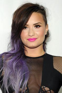 demi lovato pink lips purple hair / inspirações de batons tendência e maquiagens