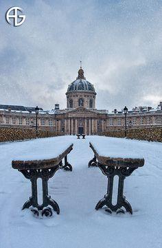 Pont des Arts in the Snow