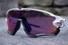 Cavendish-designed Oakley Jawbreaker sunglasses finally official! First rides, weigh in & more!