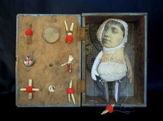 les petites boites, exposition permanente à la galerie Albane, Nantes | Cecile PERRA plasticienne: cecile.perra@wanadoo.fr