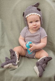 MNE Crafts: Sharks, Sharks, Sharks!!! The beanie is a free pattern the booties is a for purchase pattern.