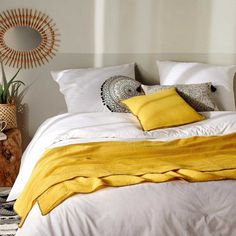 Jeté de lit avec surjet noir (Lin), (Rose), (Ocre) - Homemaison : vente en ligne jetés de lit Decoration, Comforters, Blanket, Bed, Furniture, Souffle, Terracotta, Home Decor, Composition