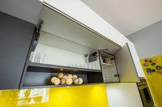 #kitchenstorage #kitchensuspendedbody #kitchenorganization #kitchensolutions #modernkitchen #kitchendesign #kitchenfurniture #whitekitchen # #kitchenideas #KUXAstudio #KUXA #KUXAkitchen #bucatariemoderna #bucatarie Modern, Gifs, Stairs, Furniture, Kitchen, Design, Home Decor, Ladders, Cooking