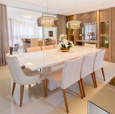 Toque acolhedor da madeira num espaço clean e lindo by Carolina Kist via @decoredecor. Amei! www.homeidea.com.br Face: /homeidea Pinterest: Home Idea #pontodecor #maisdecor #projetos #igers #arquitetura #ambiente #archdecor #homeidea #archdesign #projetos #tbt #home #homedecor #pontodecor #homedesign #photooftheday #love #interiordesign #interiores #cute #construcao #decoration #world #lovedecor #architecture #archlovers #inspiration #project #cozinha