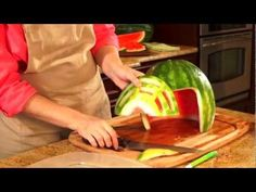 Perfect for Tailgate Season: How to Carve a Watermelon Football Helmet #eatmorewatermelon