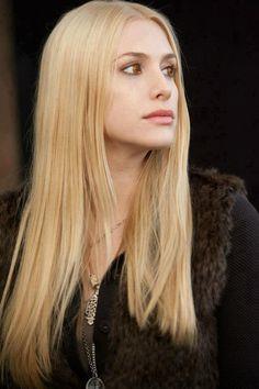 Kate - Check out MLQ's Twilight Saga quizzes at http://www.movielinesquiz.com/quizzes/franchises/twilight-saga
