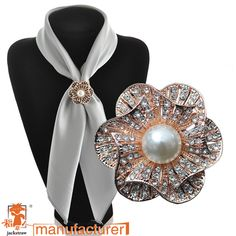 High quality!Fashion scarf jewelry  rhinestone brooch three circles twined gold scarf buckle brooches for wedding