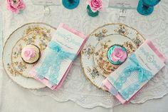 Dona Lua vai casar: Um chá rosa e azul
