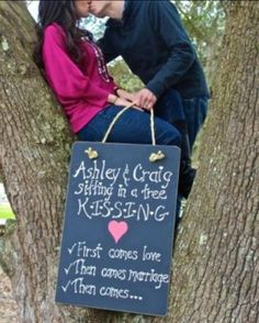 Adorable first pregnancy announcement