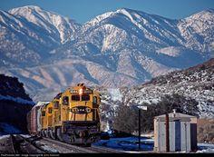 RailPictures.Net Photo: 8044 Atchison, Topeka & Santa Fe (ATSF) GE C30-7 at Cajon Pass, California by John Sistrunk