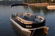 motor boatin
