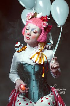Clown, Carnival, Costume I Karneval, Fasching, Inspiration Dark Circus, Circus Art, Circus Clown, Circus Theme, Portrait Photography, Fashion Photography, Stunning Photography, Circo Vintage, Night Circus