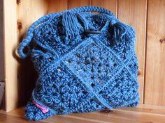"""Patchwork- Tasche ,,Granny-blue"""" von Maschenpunk auf DaWanda.com"""