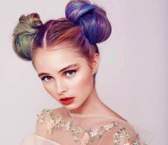 colored double-bun action #urbanglamilano #colorful #hairstyle #hair #girl #fashion #trend