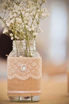burlap and lace pearl mason jars diy with flowers - wedding crafts homemade mason Bohemian Wedding Theme, Chic Wedding, Rustic Wedding, Our Wedding, Dream Wedding, Wedding Burlap, Lace Wedding, Wedding Signs, Wedding Table