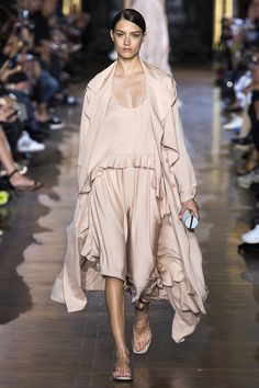 Stella McCartney Pinks took over the runways in silhouettes that were both flowing restrained. Spring 2015