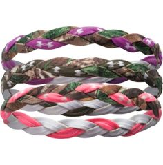 The Outdoor Braided Headbands feature a camo and solid color design that is hard to resist. The elastic and silicone construction is designed to lay flat against your head for a smooth fit. AllSeasonGear® fabric is made for variable temperatures, adapting to hot or cold temperatures with your comfort at the forefront. It's even more fun to play with color when you have three different UA Braided Headbands to choose from in every pack.
