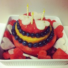All fruit white valentine birthday watermelon cake made with only fruit: asian pear, cantaloupe + blueberries. Fruit ♥