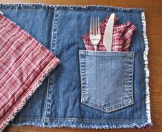 the rustic soul — Denim pocket placemats, set of two with matching... Blue Jeans, Denim Shorts, Jean Shorts, Jeans Pants, Jeans