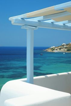 Some Greek blue for the luck everyone needs during this year's countdown! Greetings from the Saint John Hotel Resort Mykonos!